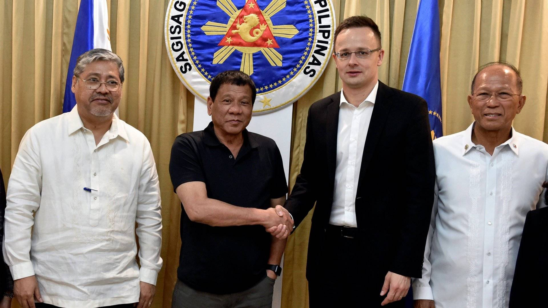 pikkelysömör kezelése a fülöp-szigeteken)