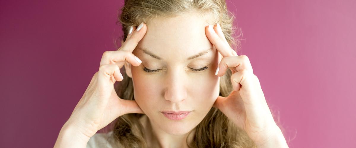 az arc aggódáskor vörös foltokkal borul pikkelysömör kezelésére hormonok nélkül