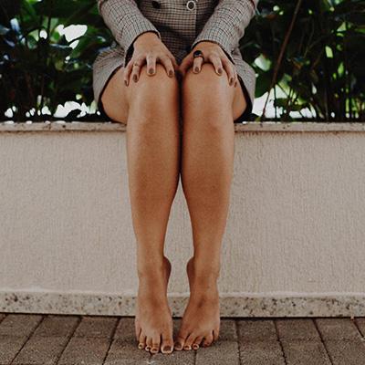 hogyan lehet megszabadulni a pikkelysömörtől a lábon)