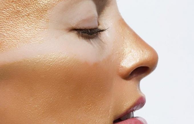 Hogyan lehet megszabadulni a sötét folt az arcon