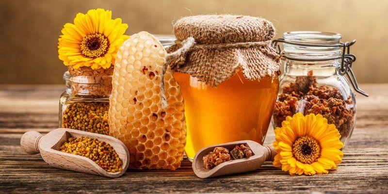 méz és propolisz kezelése pikkelysömörhöz lábak viszketnek és vörös foltok jelennek meg a kezelés