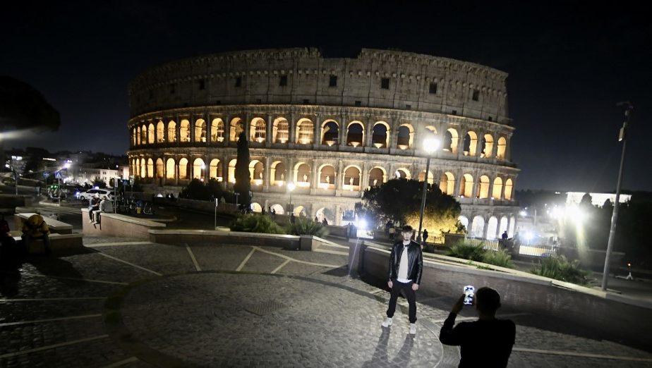 hogyan kezelik a pikkelysmrt Olaszországban